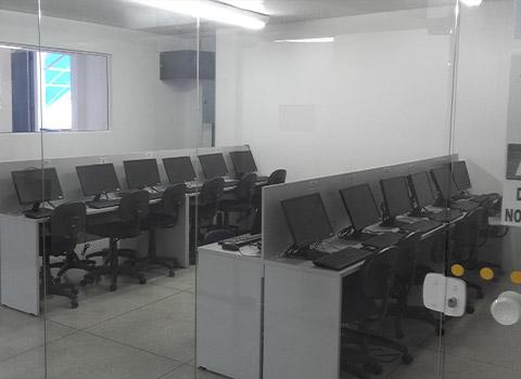 Um dos laboratórios